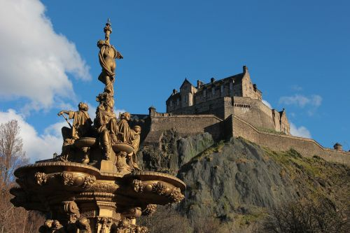 edinburgh castle fontana