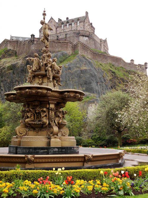 edinburgh castle fountain flower beds