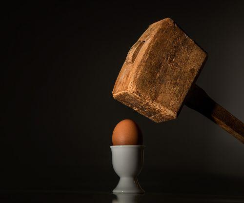 egg hammer threaten