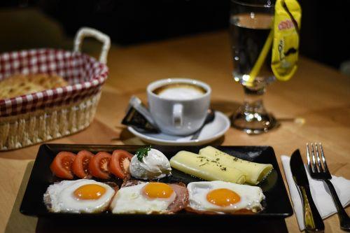 eggs breakfast coffe