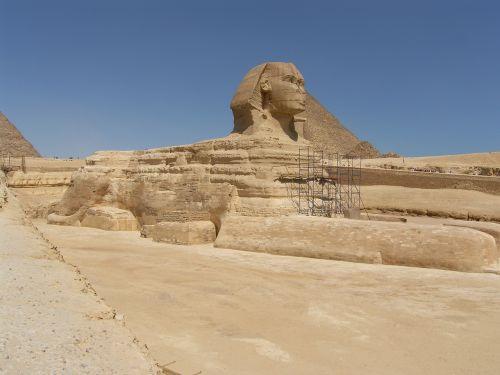 egypt travel motive