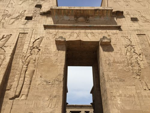 egypt temple wall
