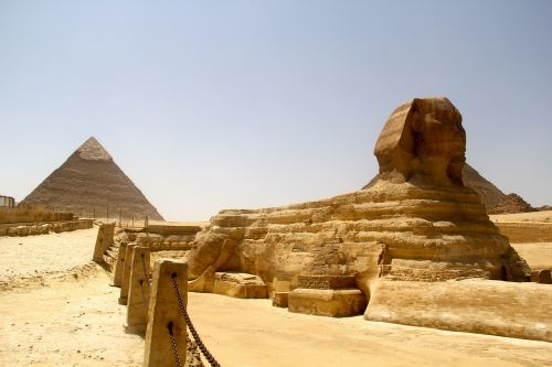 egypt middle eastern pyramids