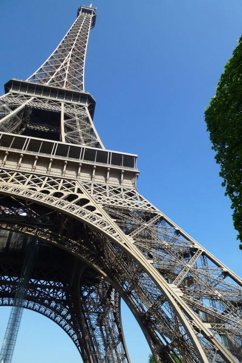 eiffel monument paris