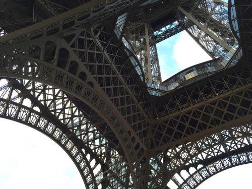 eiffel tower steel architecture