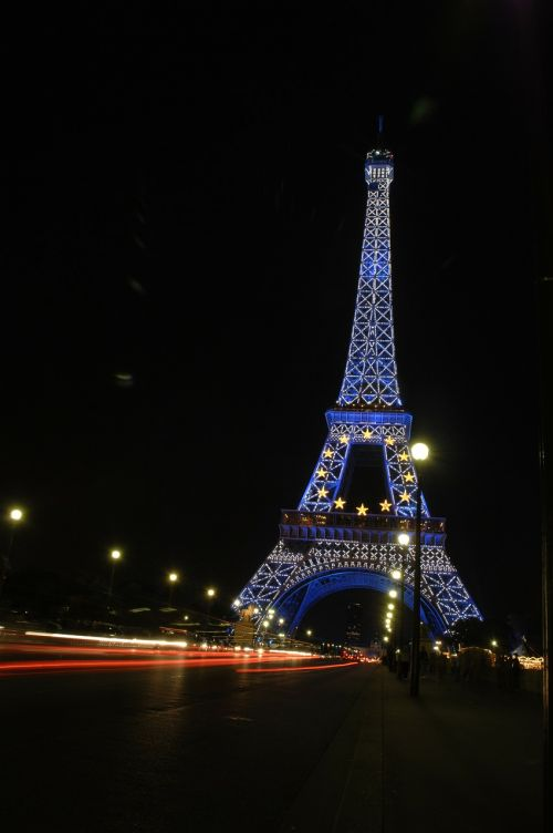 eiffel tower paris night shot