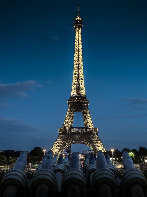 eiffel tower tower metal