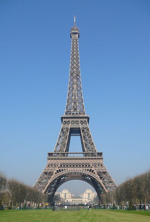 eiffel tower paris city