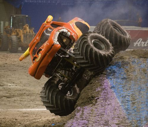 el toro loco monster truck motor vehicle