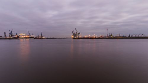 elbe hamburg evening