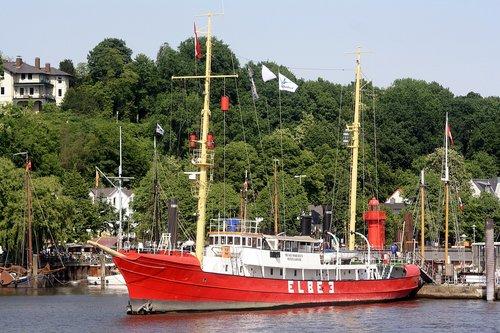 elbe 3  lightship  harbour museum