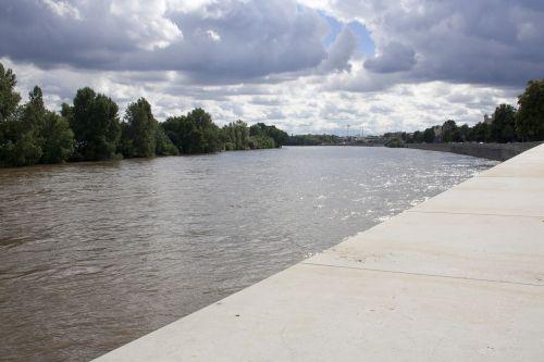 elbe magdeburg river