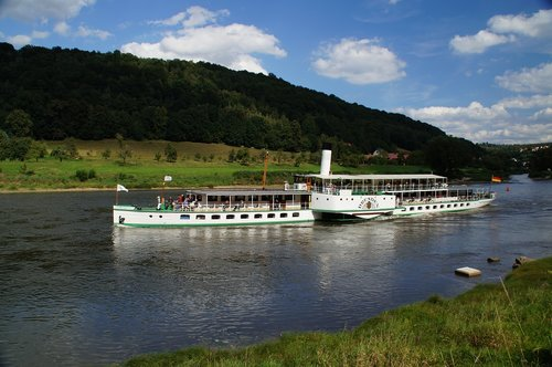 elbe  river  ship