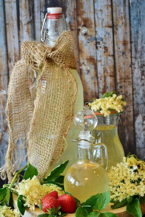 elder  syrup  lemon