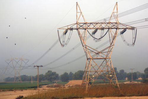 electric pylon voltage