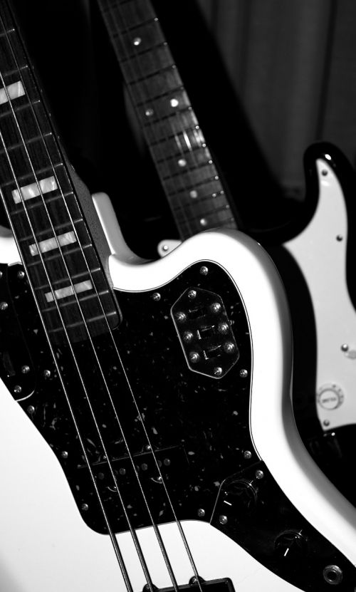 electric bass low electric guitar