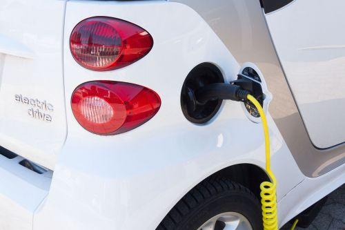 electric car refuel current