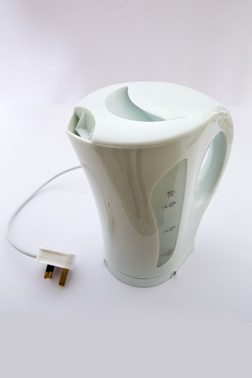 electric kettle plastic white