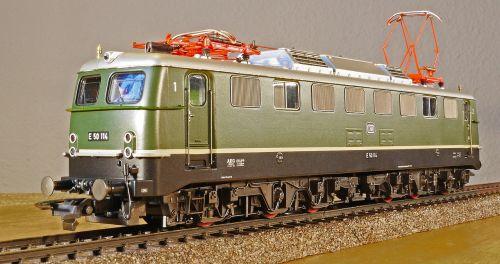 electric locomotive model scale h0