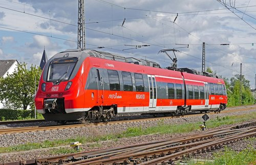 electrical multiple unit  regional train  moselle valley railway