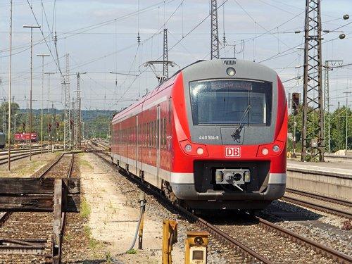electrical multiple unit  regional traffic  regional train