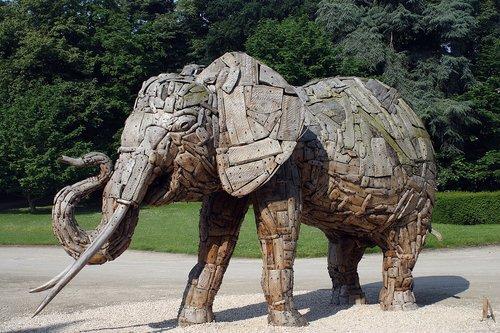 elephant  wood  holzfigur