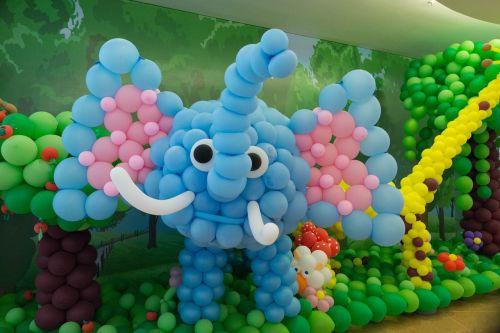 elephants balloon decoration