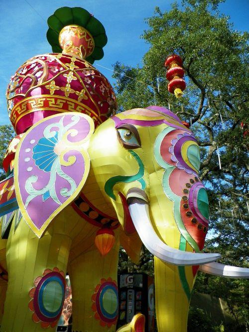 drambliai,Kinijos žibinto festivalis,asian,šventė,Kinija,kinai,spalvinga,kultūra,dekoruoti,apdaila,festivalis,ganesh,dievas,galva