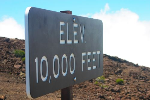 elevation sign mountain