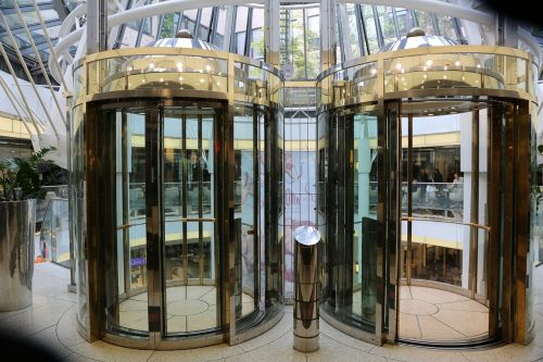 elevators glass mall