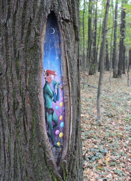elf tree hollow
