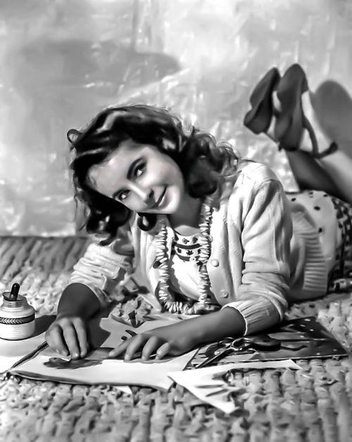 elizabeth taylor-hollywood film actress