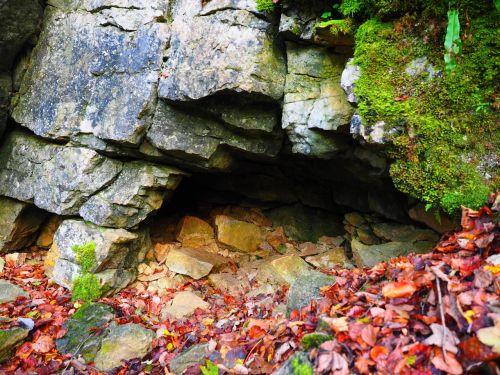 elsachbröller cave entrance eng