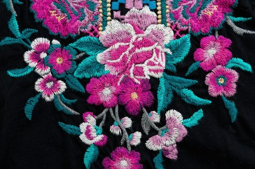 embroidery  flowers  floral
