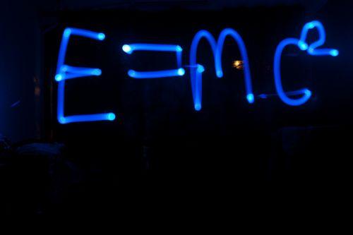 E = MC2, Albert Einstein