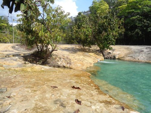 emerald pool pool sky