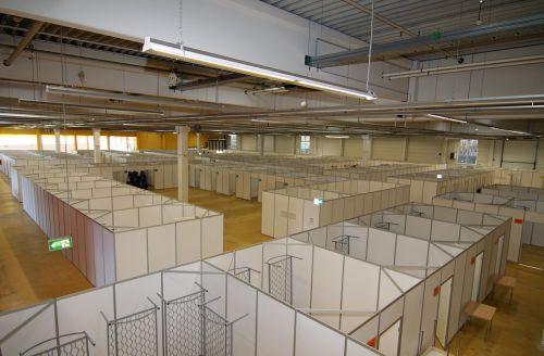 emergency shelter asylum help