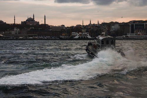 eminönü  marine  istanbul