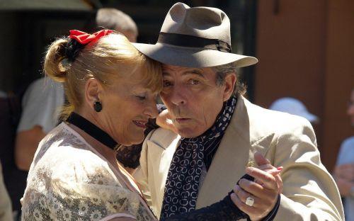 emotional couple tango
