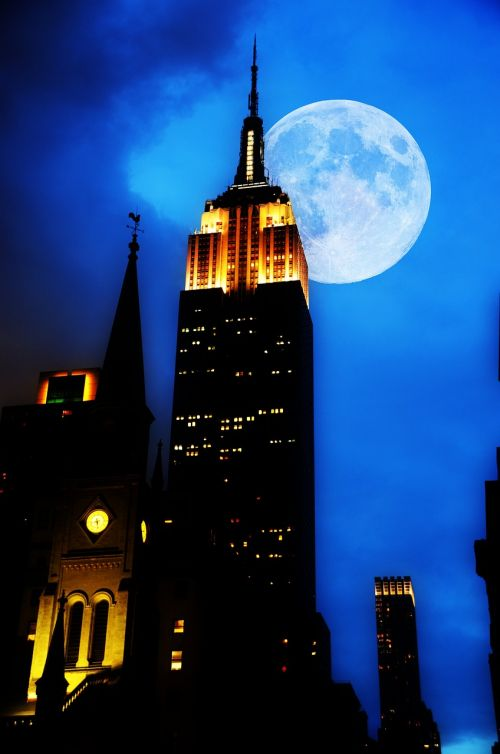 empire state building new york night