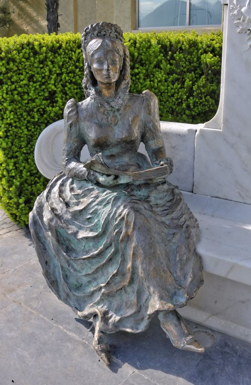 empress sissi bronze statue female figure
