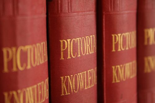 encyclopedia books pictorial knowledge