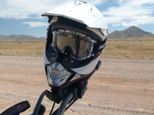 enduro helm motorcycle