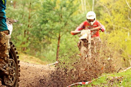 enduro motocross mud