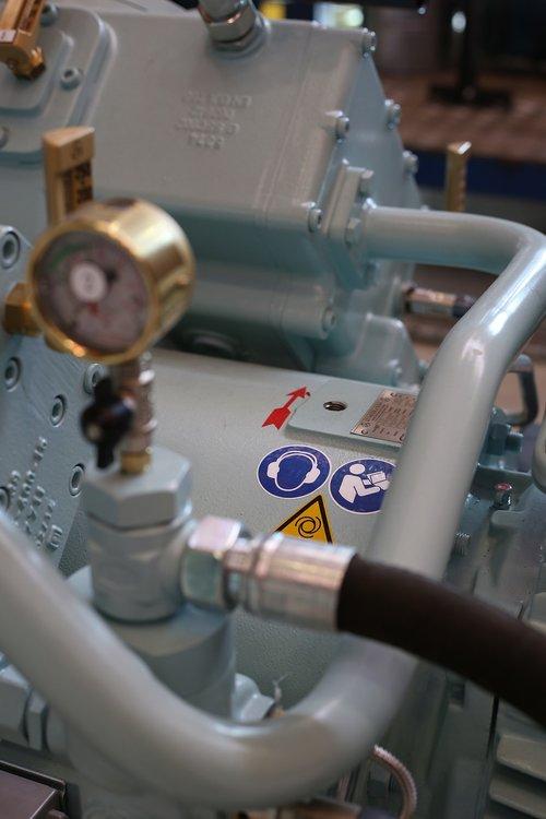 engineering  valve  workshop
