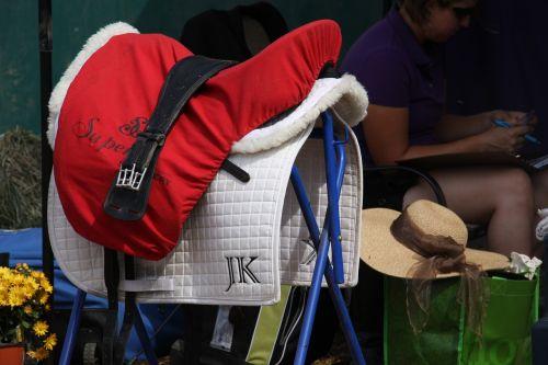 english saddle horse show tack
