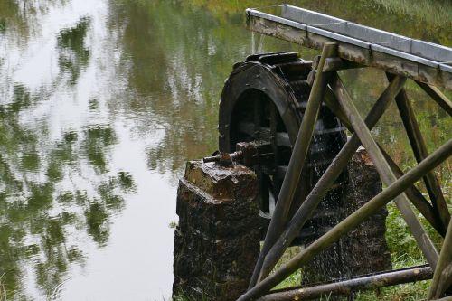environment waterwheel pond
