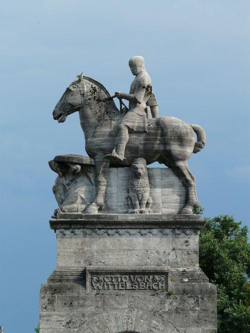 equestrian statue reiter horse