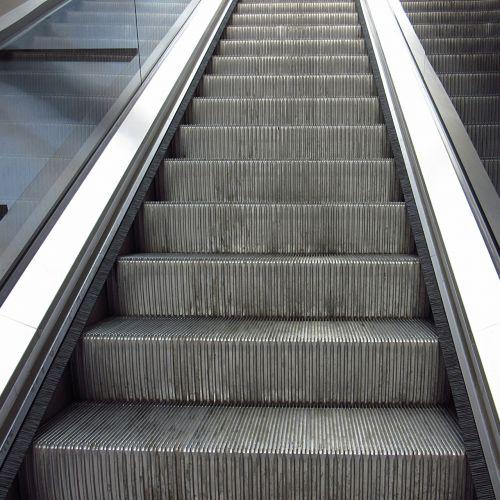 escalator gradually upward