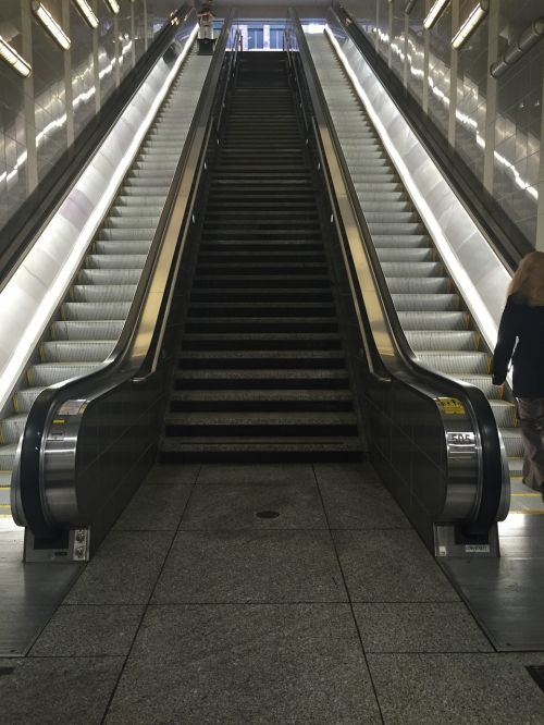 escalator stairs downtown